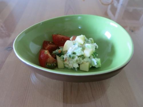 ルッコラのチーズ味サラダ