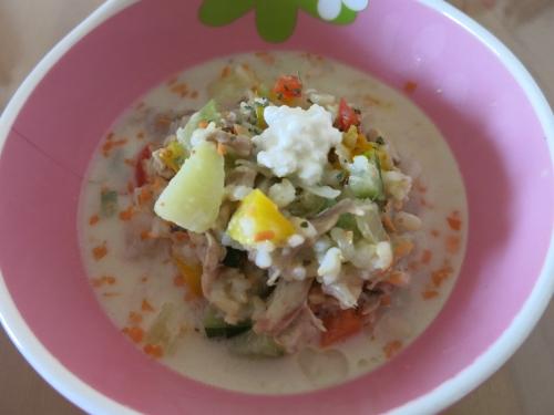 鶏軟骨の豆乳スープ アップ