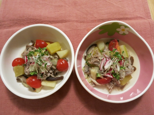 夜ご飯 豚の角煮と芋ご飯