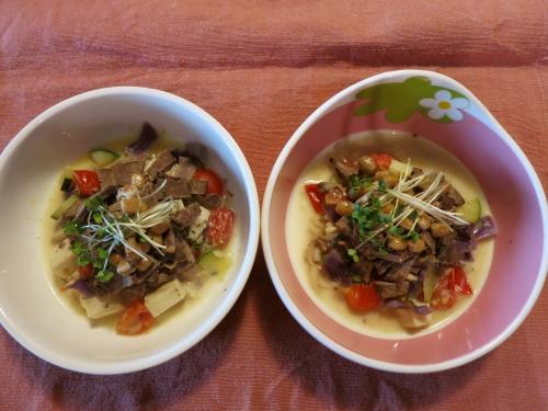 夜ご飯 レバーの豆乳スープ