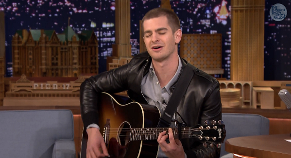 andrew-garfield-jimmy-fallon-050114-01.png