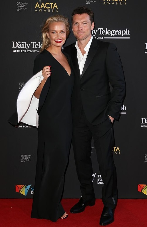 sam-worthington-lala-bingle-01_201402250041536e7.jpg