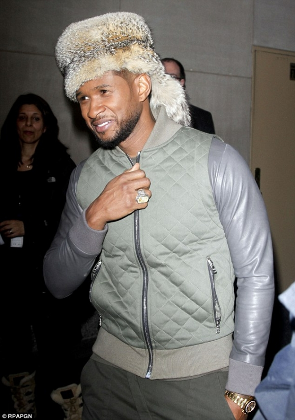 usher-raccoon-hat-01.jpg