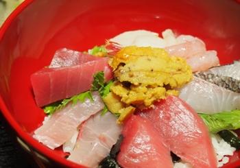 P3223975海鮮丼