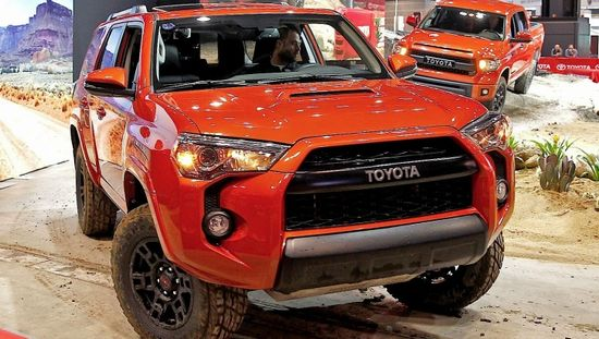 toyota-4runner-trd-pro-shines-at-2014-chicago-show-live-photos-76396-7.jpg