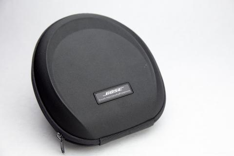 Bose QuietComfort 15 内容品