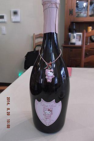 キティちゃんのシャンパン?