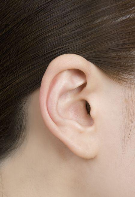 リオネット補聴器最小「極」横画像