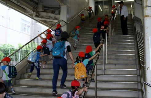 2014-05-14 26年度年中遠足5月14日上座総合公園 042 (800x521)
