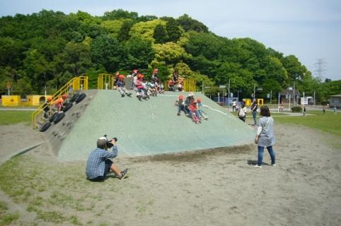 2014-05-14 26年度5月14日年中遠足上座総合公園 076 (800x531)