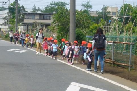 2014-05-14 26年度5月14日年中遠足上座総合公園 083 (800x531)