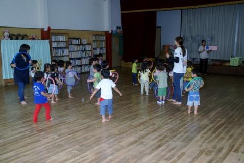 2014-06-09 6月誕生会、年少リトミック、全千葉広報 004 (800x536)