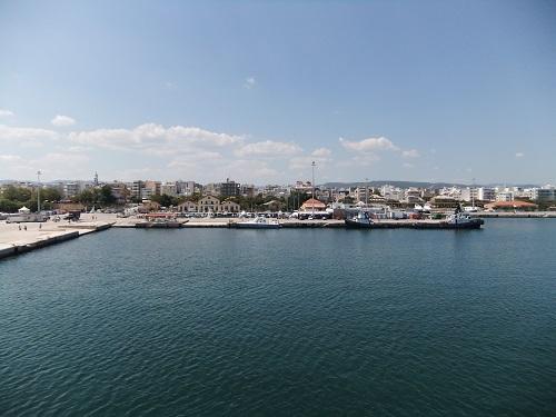 船から見るアレクサンドルゥポリ