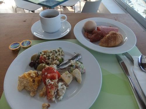 カヴァラ_朝食
