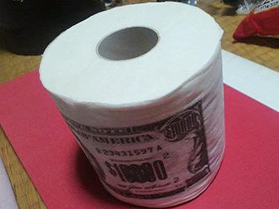 ドル札トイレットペーパー