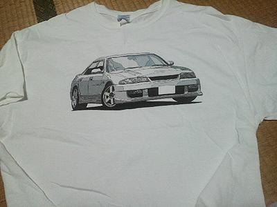IMPUK R33RのTシャツ