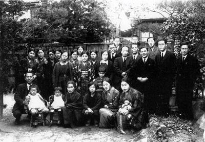 60-13吉田宅での正月すきやき写真