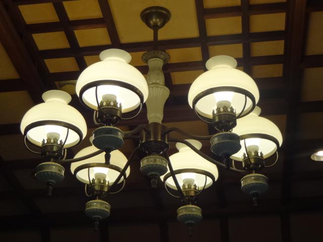 翠州亭 さつきの間 照明
