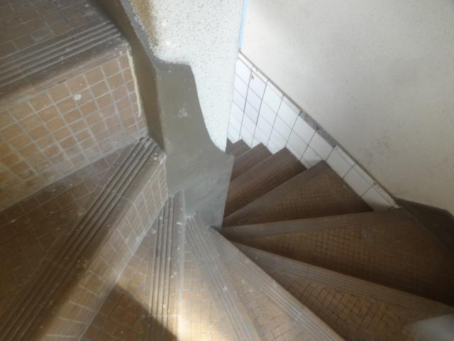 千葉高架水槽 階段