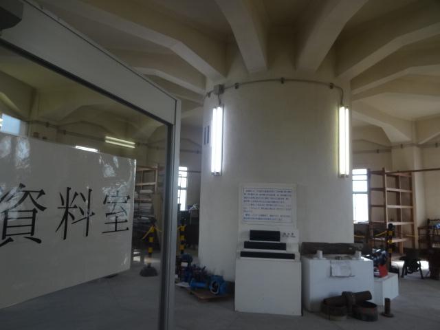 千葉高架水槽 室内