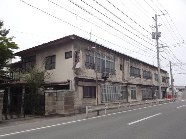 細谷牛肉店(反対側)