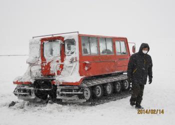 美ヶ原の雪上車