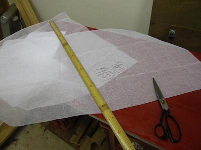 漆塗り箪笥、布積り