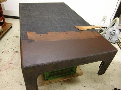 漆塗り、座卓、下地付け(錆地付け)
