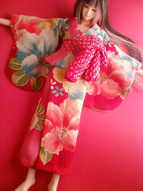 antique_kimono_b.jpg