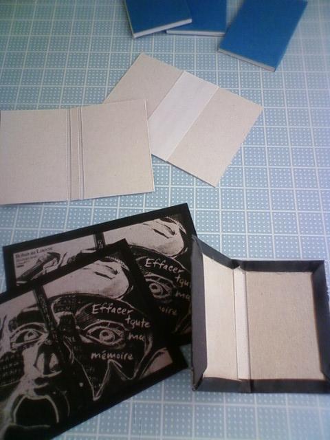 mini_book_jojo_a.jpg