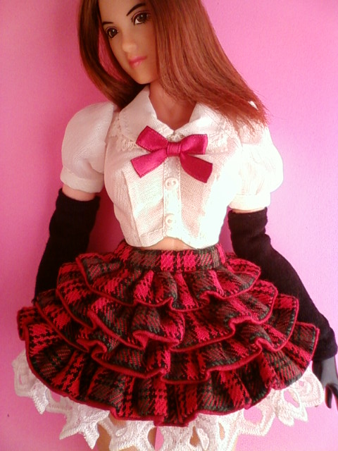 tiered_skirt_tartan_check_b.jpg