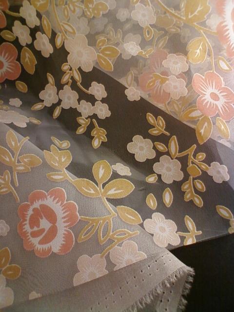 white_kimono_g.jpg