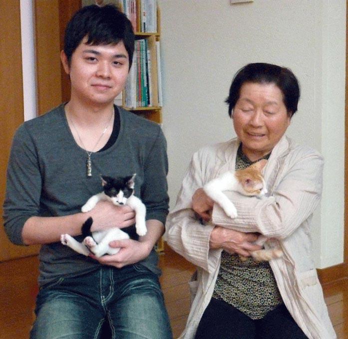 坂下さん家族とちょび、とら