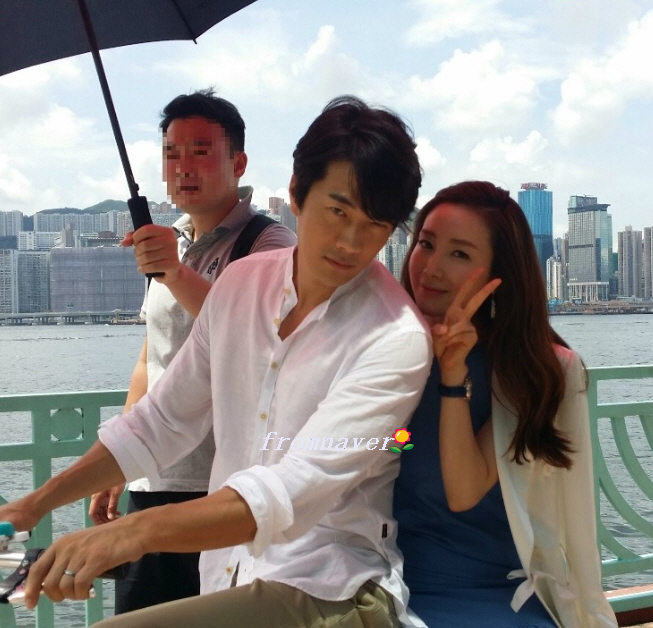 3香港で3