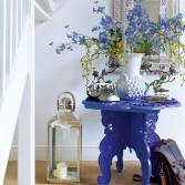 Blue-and-White-Hallway-25-Beautiful-Homes-Housetohome.jpg