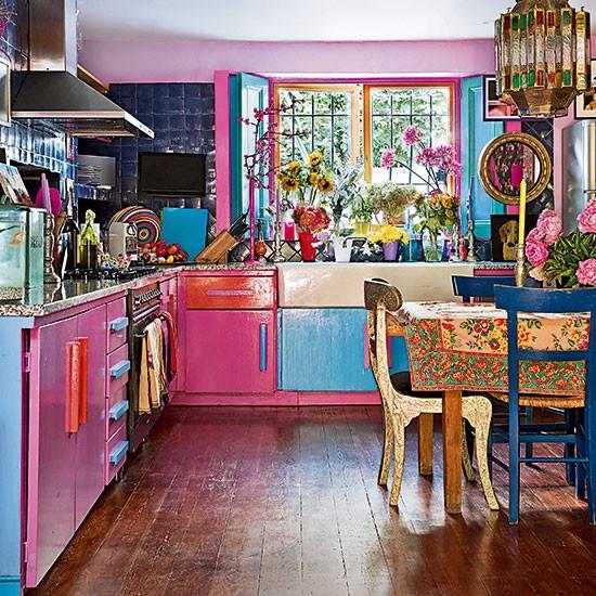 Jewelled-Coloured-Kitchen-25-Beautiful-Homes-Housetohome.jpg