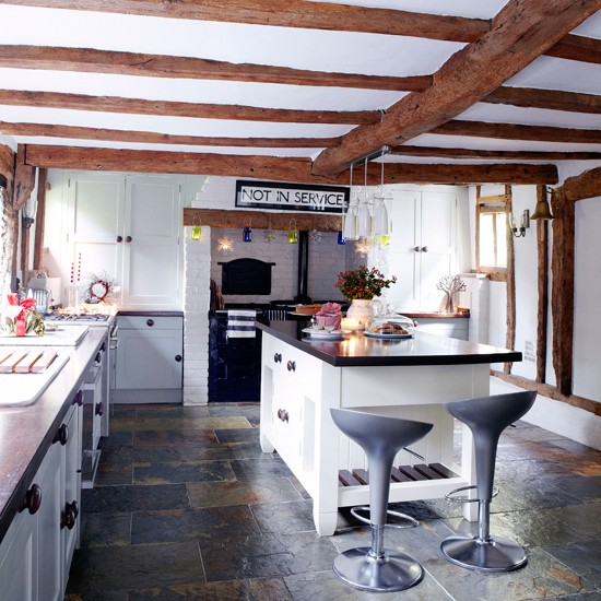 Kitchen-country-Country-Homes-Interiors.jpg