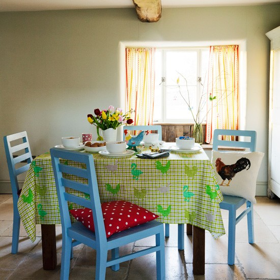 Light-and-airy-dining-area.jpg
