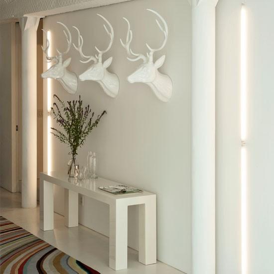 Modern-white-hallway.jpg