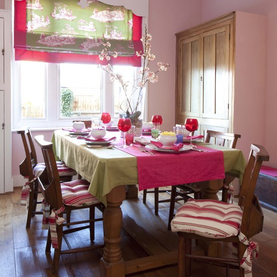 Pink-and-lime-dining-room.jpg