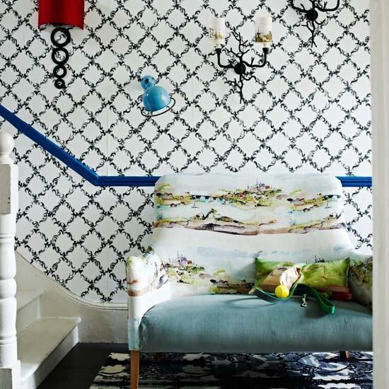Quirky-classic-hallway-Livinetc.jpg