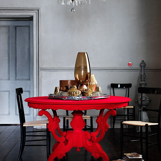 Red-Lacquered-and-Black-Dining-Room-Livingetc-Housetohome.jpg