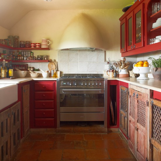 Red-and-Flagstoned-Kitchen-Homes-and-Gardens-Housetohome.jpg