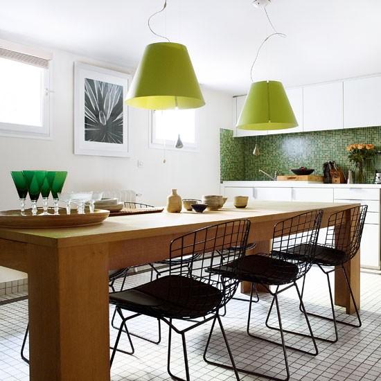 Retro-modern-style-white-kitchen-HG.jpg