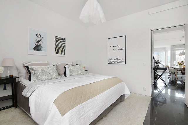 Two-Bedroom-Apartment-in-Stockholm-17.jpg