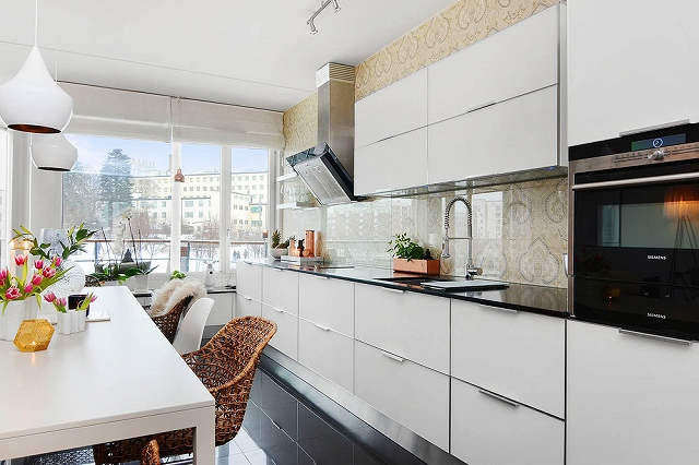 Two-Bedroom-Apartment-in-Stockholm-6.jpg