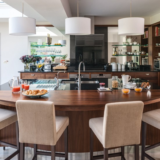 Walnut-Kitchen-Workstation-Beautiful-Kitchens-Housetohome_20140727192925bb8.jpg