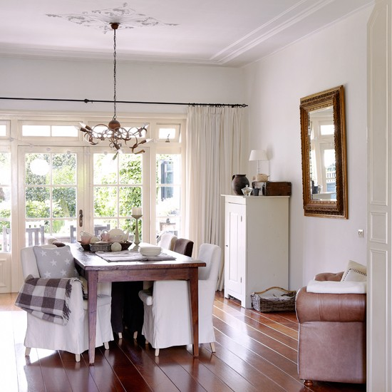 White-and-Wooden-Floor-Dining-Room---Country-Homes-and-Interiors-Housetohome.jpg