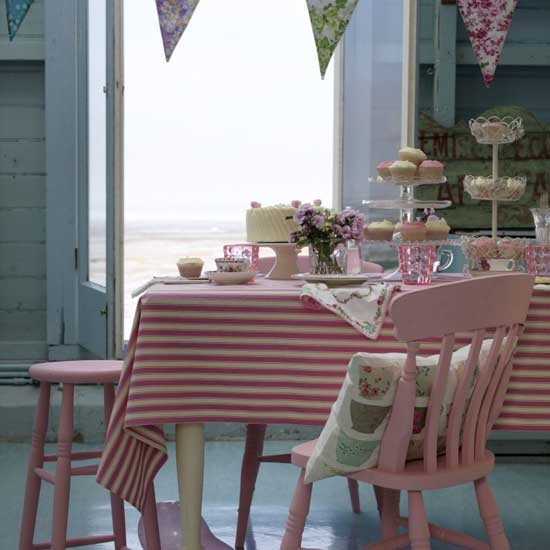 colourful-dining-room.jpg