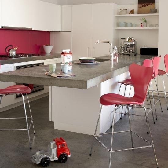 coral-accents-kitchen.jpg